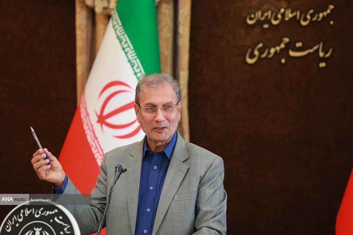 اقتصاد ایران نباید به زمین بنشیند، سال 98 اقتصاد با نفت و بدون نفت را تجربه کردیم
