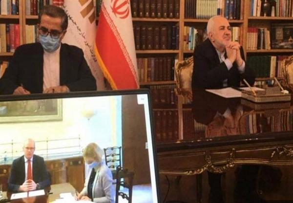 گفتگوی تلفنی ظریف و همتای ایرلندی، تصمیم ایرلند برای بازگشایی سفارت خود در تهران